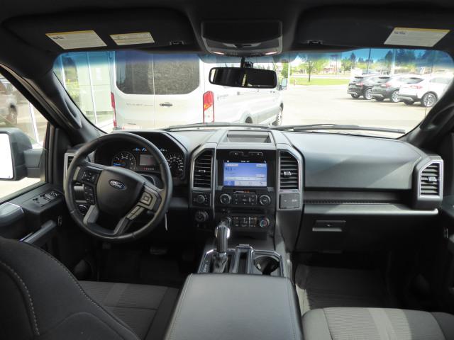 2017 Ford F-150 XLT 4WD w/ 3.5L EcoBoost Engine