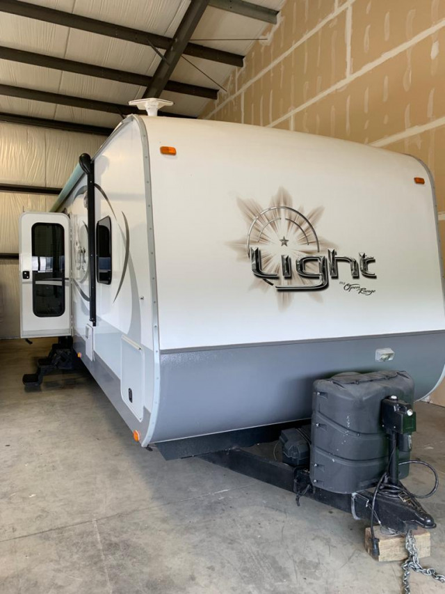 2014 Open Range 308 BH Bunk House w/ Outside Kitchen