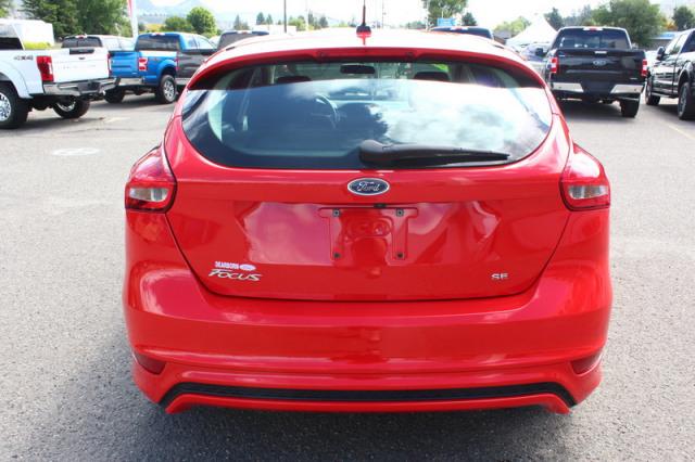 2017 Ford Focus 5-DOOR HATCHBACK SE