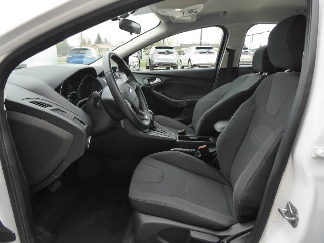 2016 Ford Focus SE FWD W/ 2.0L ENGINE