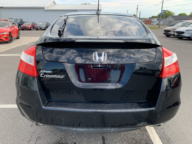 2011 Honda Accord Crosstour EX-L w/ Navigation