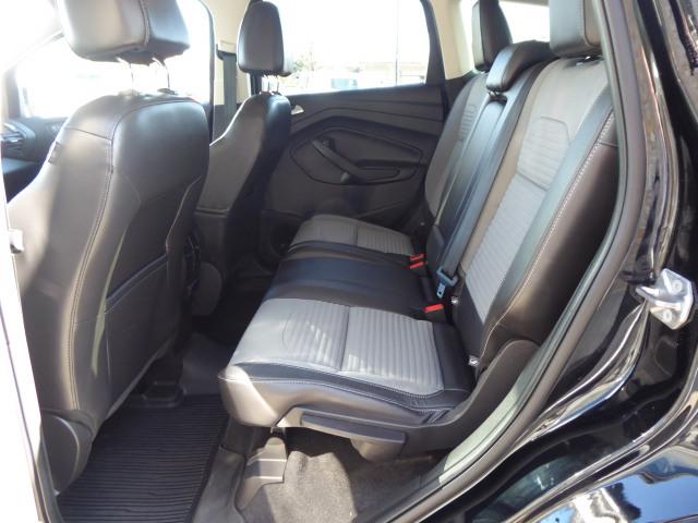 2017 Ford Escape TITANIUM 4WD W/ 2.0L ECOBOOST ENGINE
