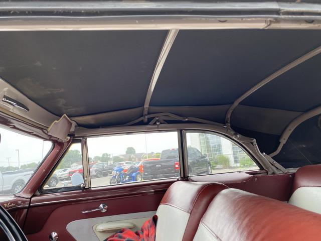 1952 Ford Crestline Sunliner