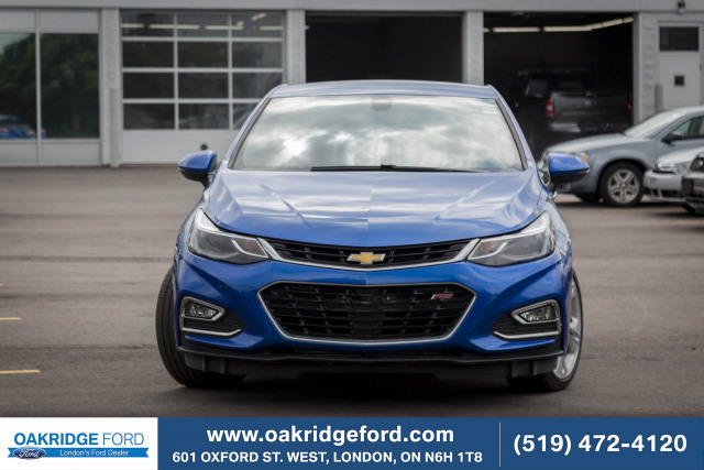 2018 Chevrolet Cruze Premier, LEATHER, MOON ROOF, SHOWS LIKE NEW!