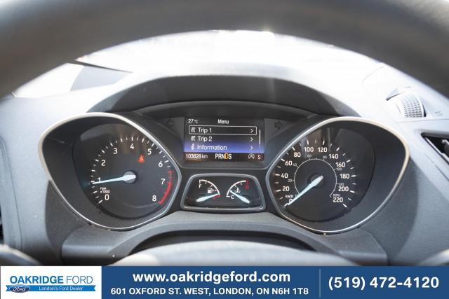 2017 Ford Escape SE, HARD TO FIND 2.0 L PLUS NAVIGATION