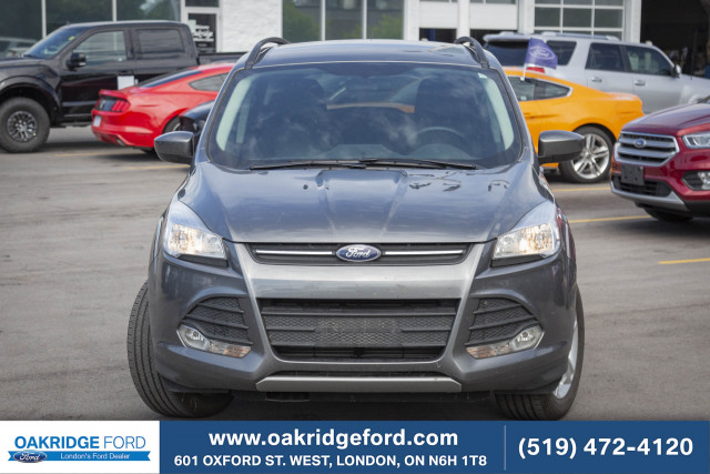 2014 Ford Escape SE, LEATHER, NAVIGATION, AND POWER LIFTGATE