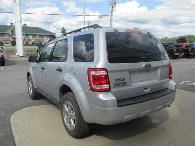 2011 Ford ESCAPE XLT 4X2 17 INCH CHROME CLAD WHEELS