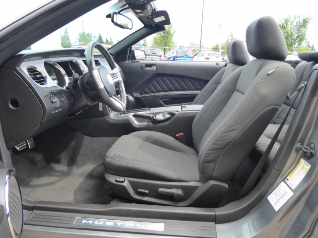 2011 Ford Mustang Rear-Wheel Drive w/ 3.7L V6 Engine