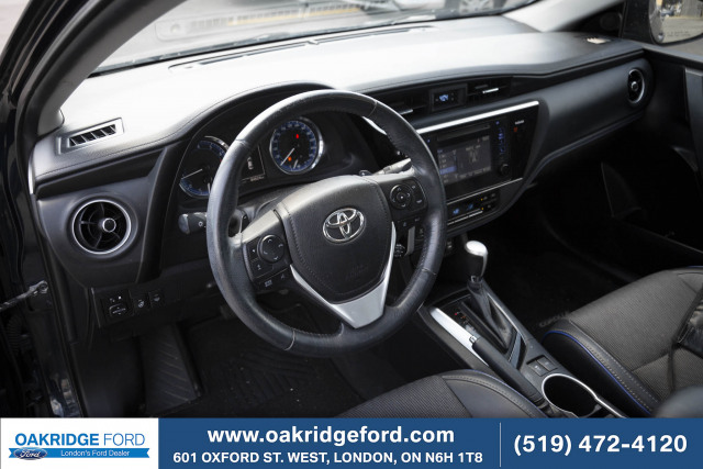 2017 Toyota Corolla SE, NICELY EQUIPPED WITH LEATHER AND MOON ROOF