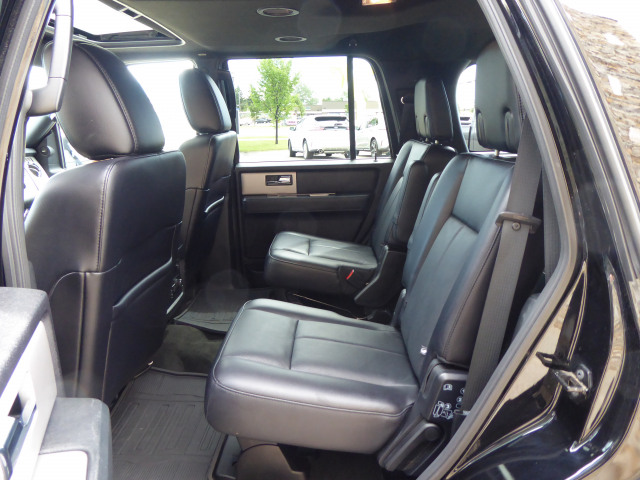 2017 Ford Expedition Limited 4WD w/ 3.5L EcoBoost Engine
