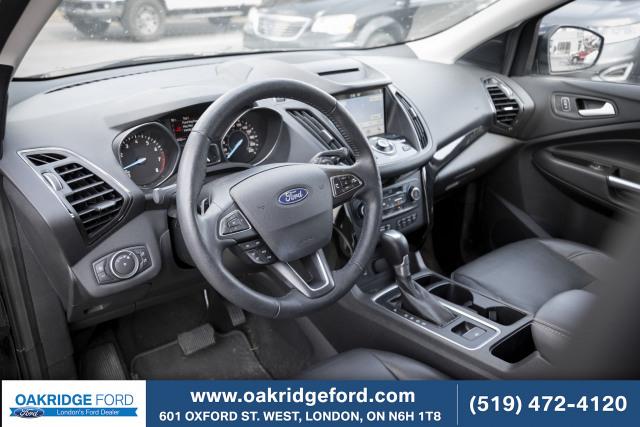 2018 Ford Escape Titanium, LOW KM ONE OWNER TITANIUM.