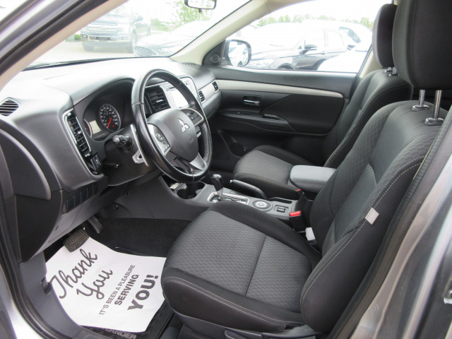 2015 Mitsubishi Outlander SE