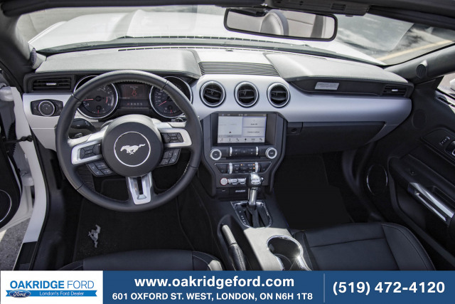 2017 Ford Mustang EcoBoost Premium, ONLY 5600 KMS! HURRY SUMMER CRUISING IS HERE