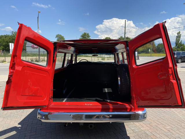 1965 GMC Suburban