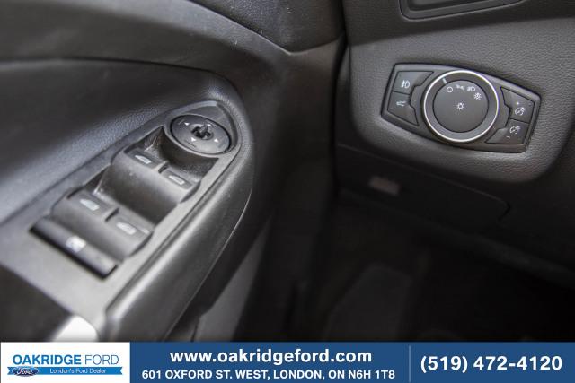 2017 Ford Escape SE, Rare 2.0 L Engine. Finished in White Platinum