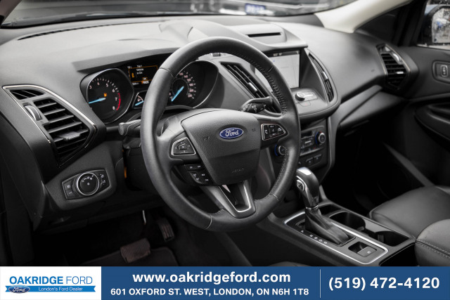 2018 Ford Escape SEL, Low KM Loaded Leather, Moonroof and AWD