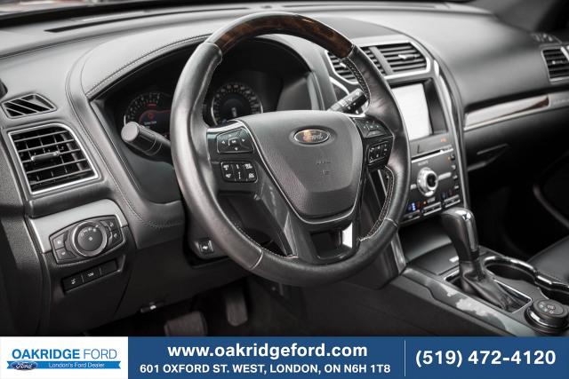 2017 Ford Explorer Platinum, High end Explorer Luxury, 345 HP Twin Turbo Engine