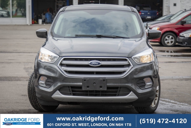 2017 Ford Escape SE, 250 HP 2.0 L engine. Super Reliable , New Front and Rear Pad