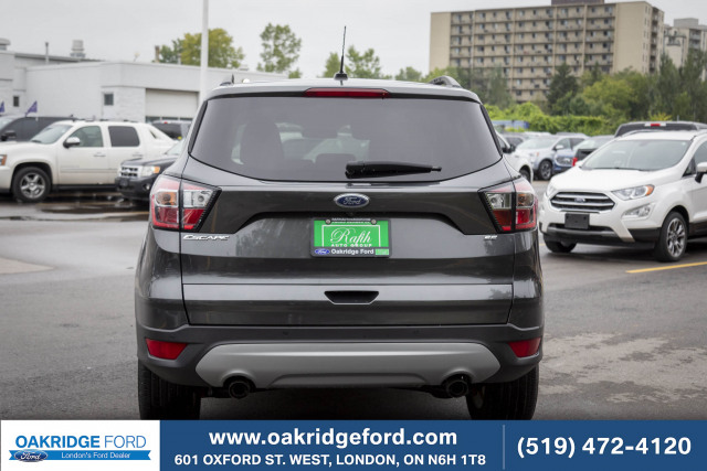 2017 Ford Escape SE, Leather, Moon roof, Navigation, Blue tooth AWD