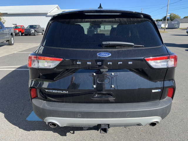 2020 Ford Escape Titanium AWD DEMO