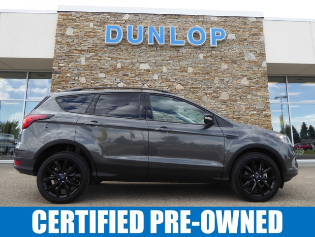 2019 Ford Escape TITANIUM 4WD W/ 2.0L ECOBOOST ENGINE
