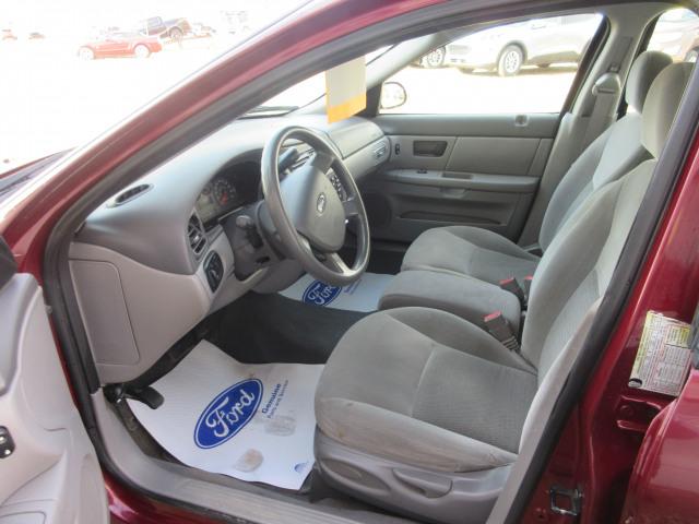 2006 Ford Taurus Sedan SE