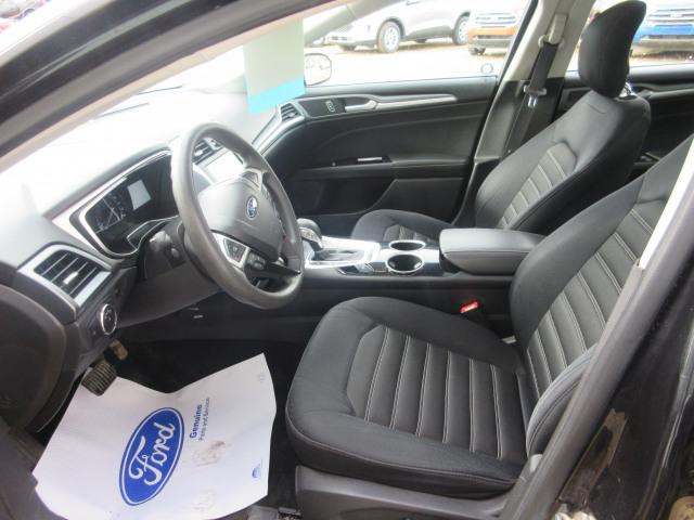 2013 Ford Fusion Sedan SE FWD