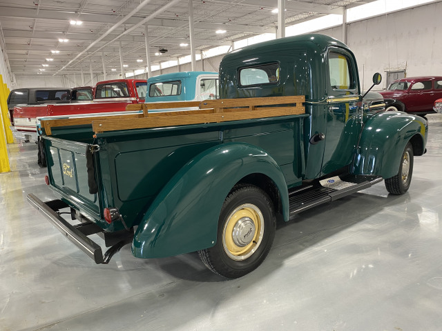 1947 Ford F-1