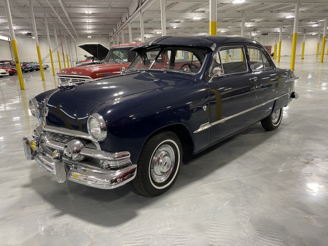1951 Ford Custom Deluxe Tudor Sedan