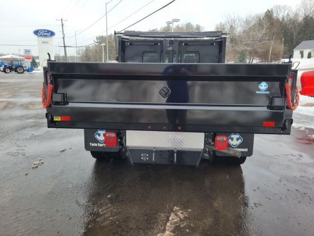 2021 Ford Chassis Cab F-550 XLT
