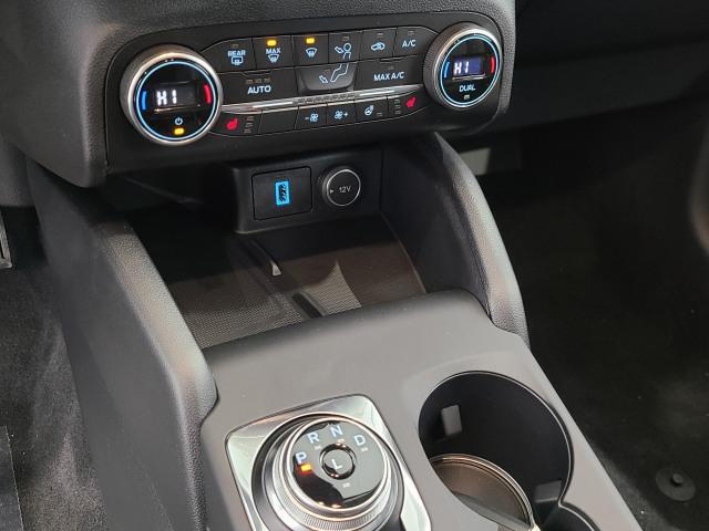2020 Ford Escape Titanium hybride