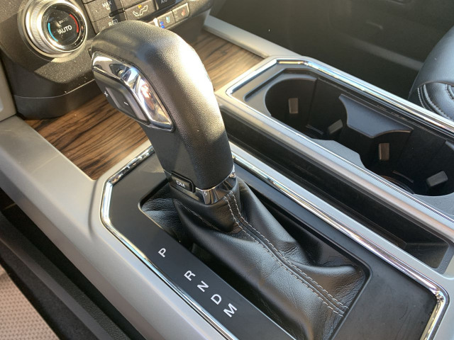 2019 Ford F-150 Lariat 4WD w/ 2.7L EcoBoost Engine