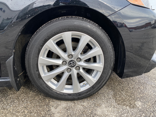 2018 Toyota Camry SE FWD