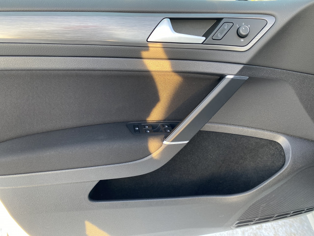 2019 Volkswagen Golf Sportwagen S AWD