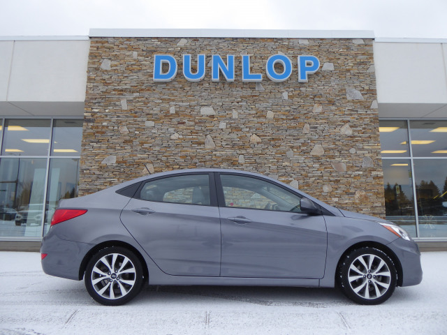 2017 Hyundai Accent SE FWD w/ 1.6L Engine