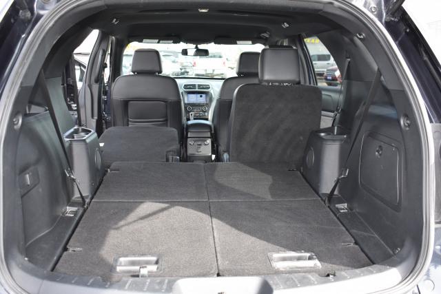 2017 Ford Explorer XLT 4WD XLT