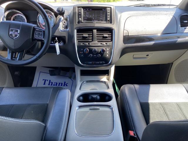 2017 Dodge Grand Caravan SXT FWD