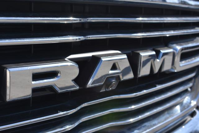 2019 RAM Laramie 1500 Crew 4x3