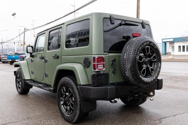 2017 Jeep Wrangler Unlimited Sahara Smokey Mountain Package
