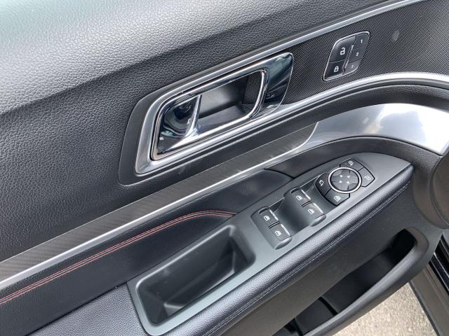 2017 Ford Explorer Sport 4WD w/ 3.5L EcoBoost Engine
