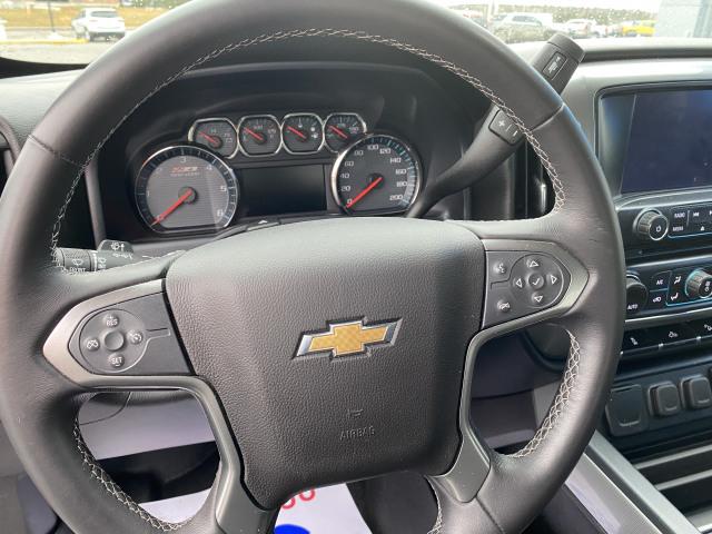 2017 Chevrolet Silverado Z71 Crew 1500 (Low R