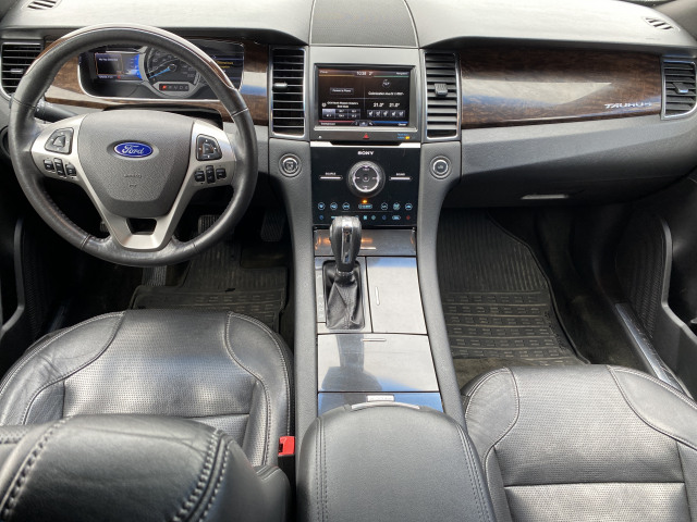 2015 Ford Taurus Limited AWD