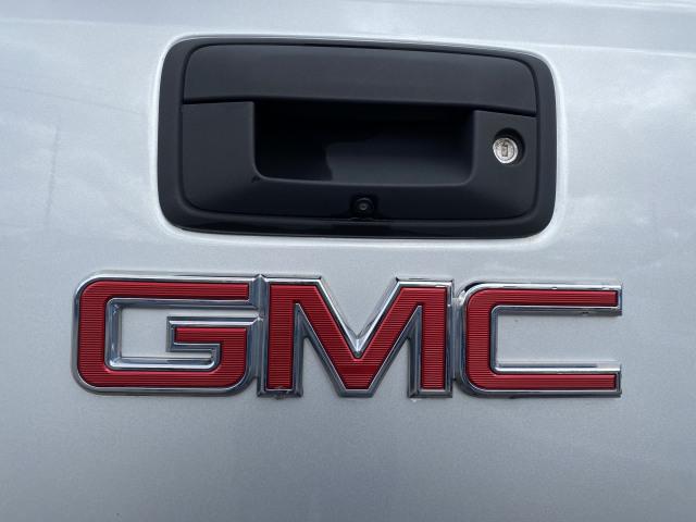 2017 GMC Sierra  SLT