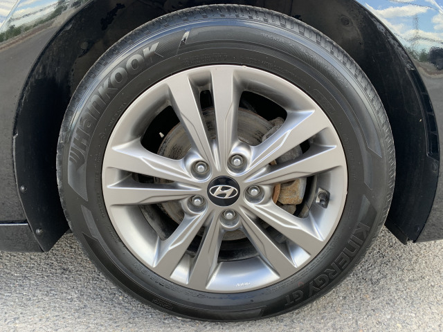2017 Hyundai ELANTRA GL, CAMERA, BLUETOOTH, HEATED STEERING WHEEL