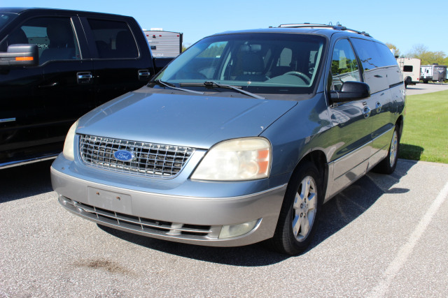 2005 Ford Freestar  *AS IS*