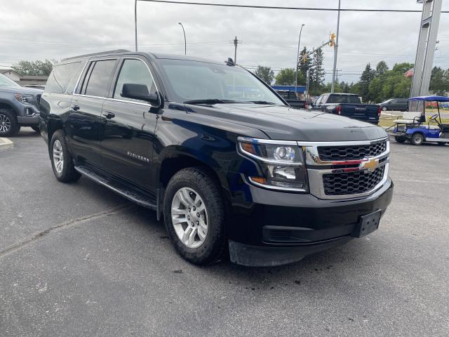 2018 Chevrolet SUBURBAN LT AWD