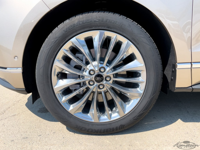 2021 Ford Edge Titanium