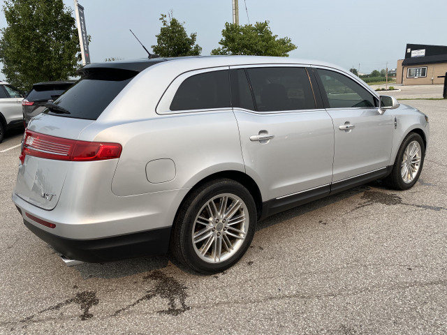 2018 Lincoln MKT AWD