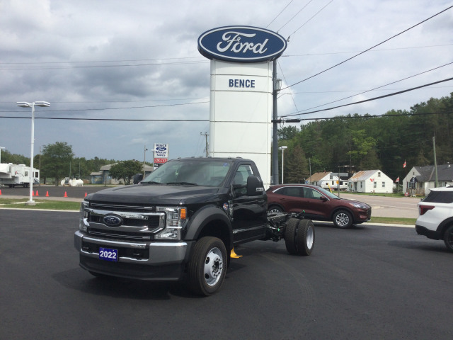 2022 Ford Chassis Cab F-550 XLT