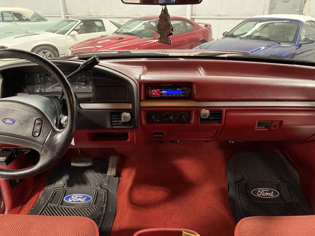 1993 Ford F-150 XLT 4x2